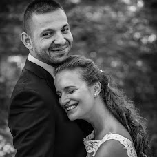 Wedding photographer Zoltán Füzesi (moksaphoto). Photo of 06.04.2017
