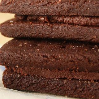 CHOCOLATE CREAM FINGERS