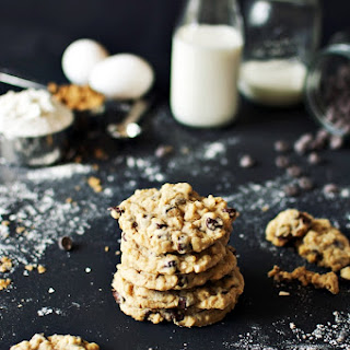 Mom'S Chocolate Chip Oatmeal Cookies Recipe