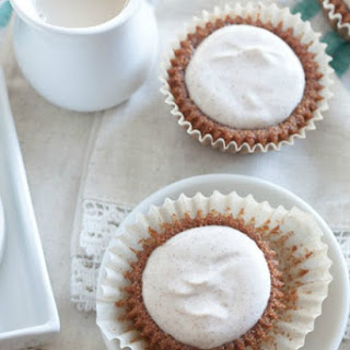 Healthier Gingerbread Muffins