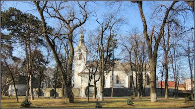 Photo: Piata Basarabiei, Nr.12 - Biserica Reformata - vedere din parc - 2017.02.13