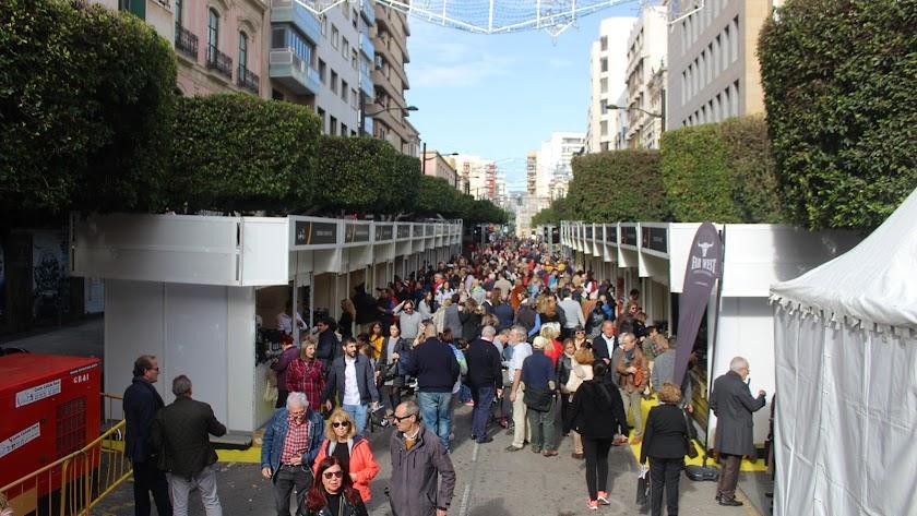 Más de 70.000 personas se espera que visiten la feria Sabores Almería instalada en el centro de la ciudad.