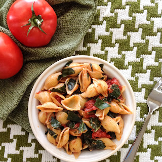 Garlicky Pasta with Greens and Tomato
