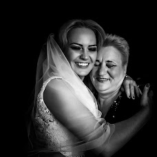 Wedding photographer Denisa-Elena Sirb (denisa). Photo of 23.10.2017