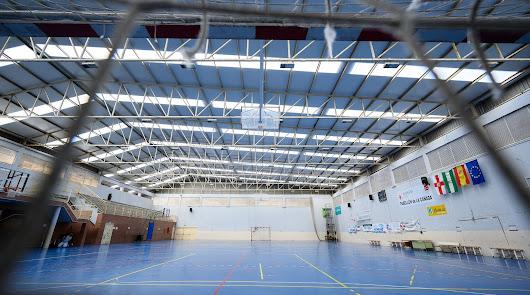 Nueva cubierta para el pabellón deportivo del colegio San Indalecio de La Cañada