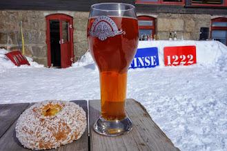 Photo: Finsebolle og øl, fast rituale på påskeafta