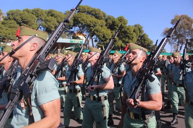 Desfile de las Unidades participantes en la parada militar.
