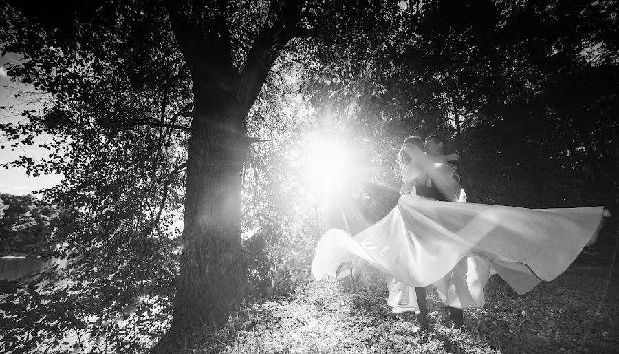 Wedding photographer Roman Onokhov (Archont). Photo of 12.09.2016