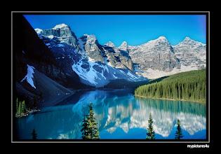 Photo: Moraine Lake, Canada