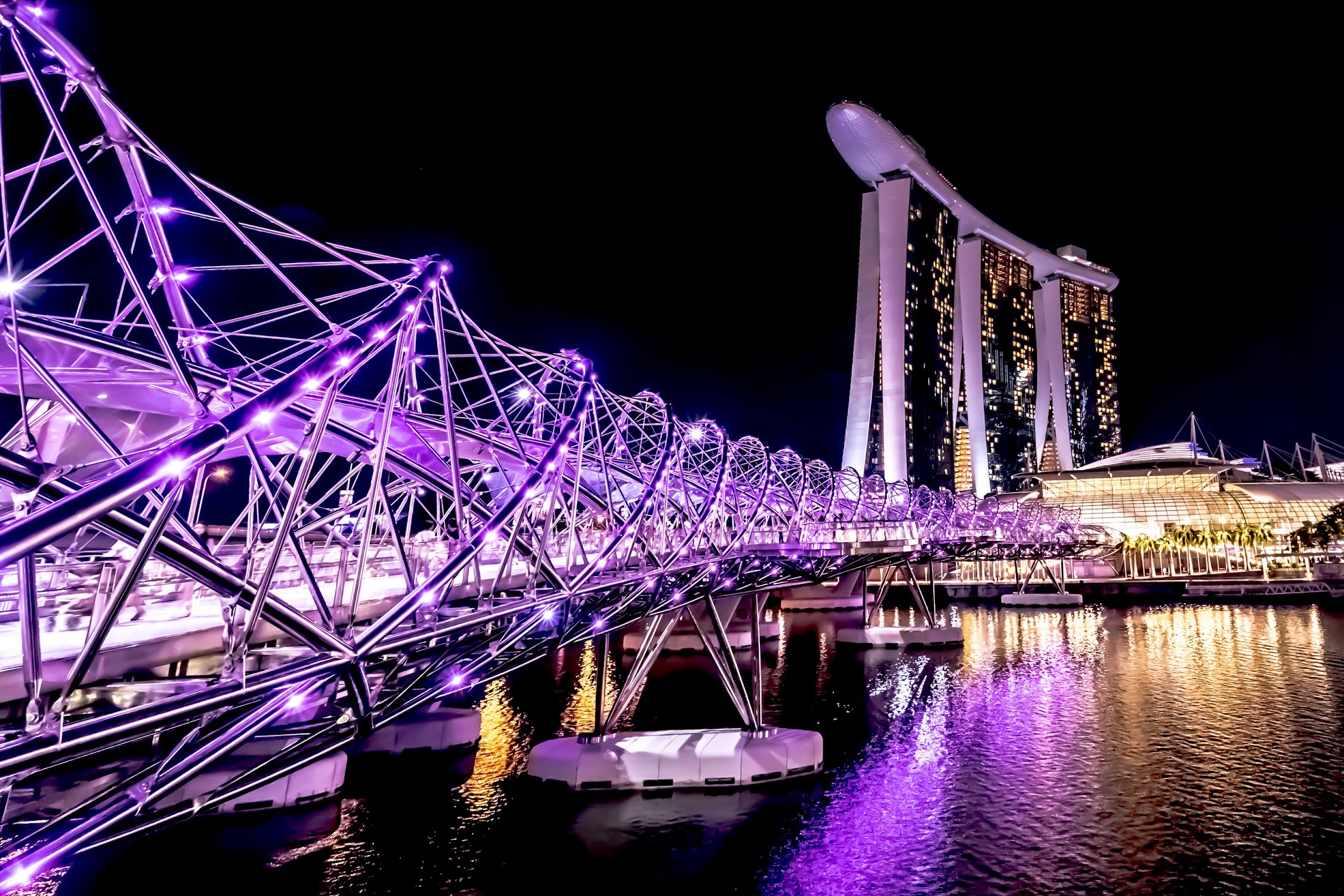 Singapore Marina bay Sands Helix Bridge night view3