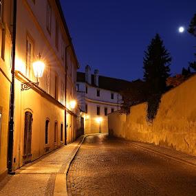 Kanovnická - I. by Drahomír Škubna - City,  Street & Park  Night ( canon, skubna, night, prague )