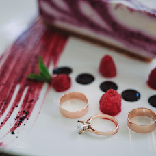 Wedding photographer Alisa Pirogova (alisinka). Photo of 18.07.2015