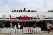 Grab anything from a meal to a regional bottle of wine or locally made crafts from Smitswinkel.