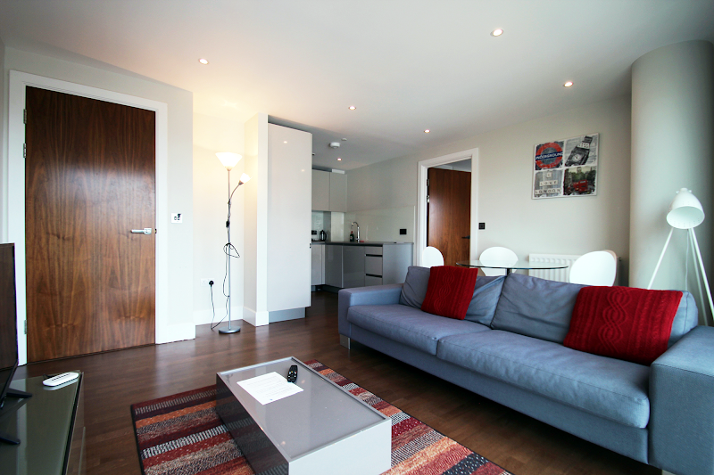 living space at Aldgate East - Commercial Street