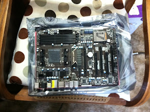 Photo: ASRock 990FX Extreme3 AM3+/AM3 AMD 990FX Motherboard