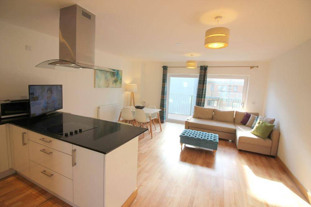 Peymans - Grand Central Apartments Serviced Apartment