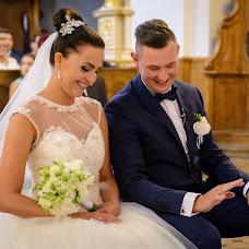 Wedding photographer Bartosz Lewinski (lewinski). Photo of 23.11.2015