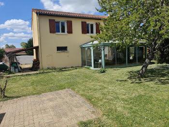 maison à Champagné-Saint-Hilaire (86)