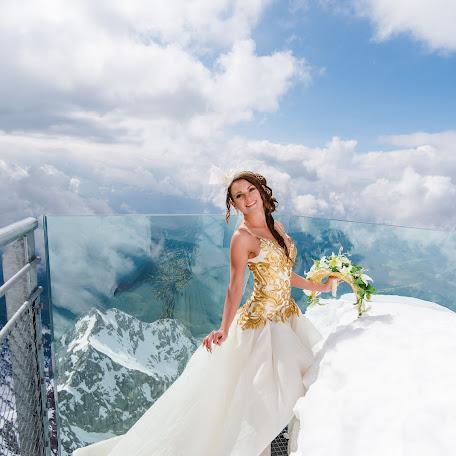 Wedding photographer Dimitri Ruel (PhotographyRuel). Photo of 10.10.2017