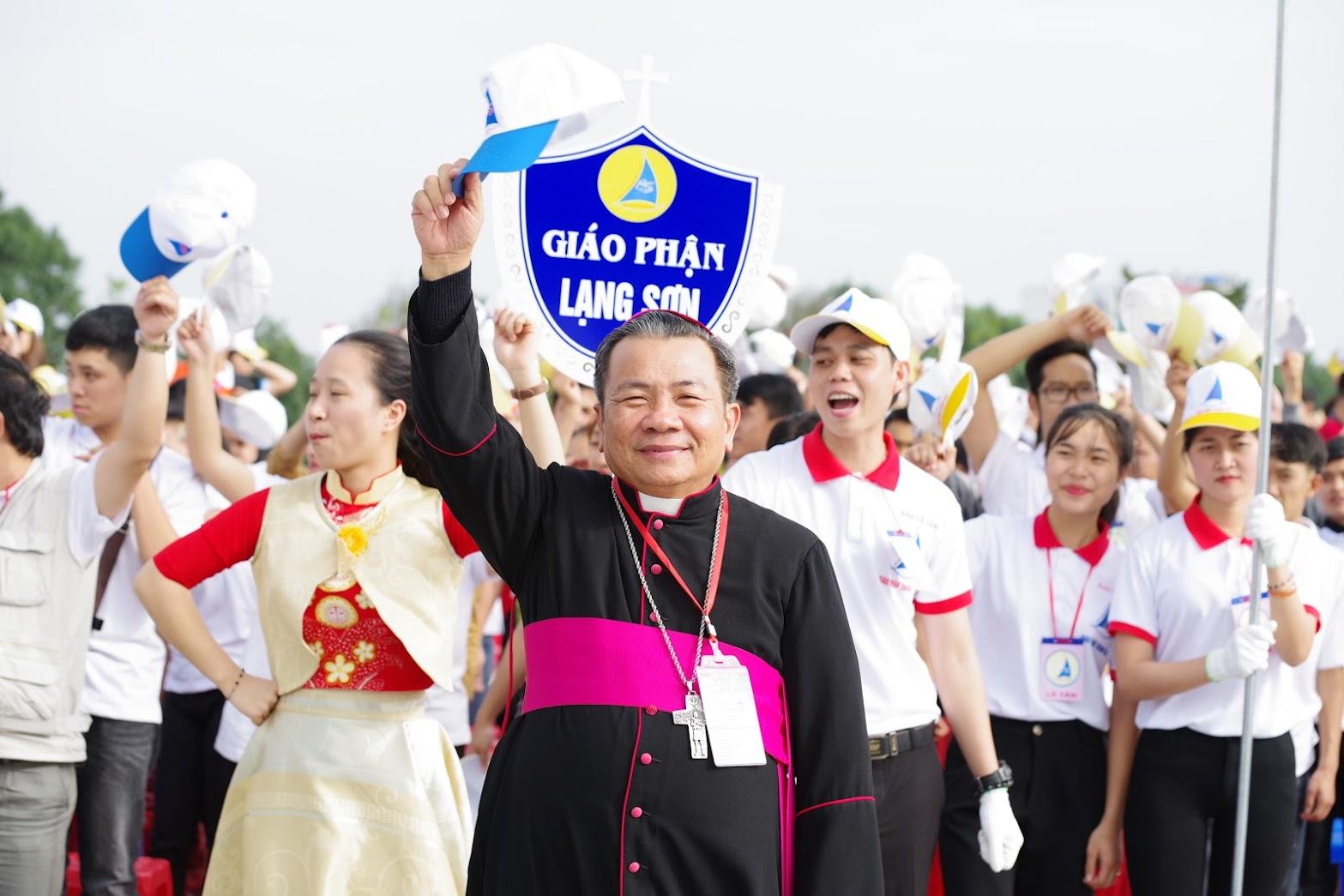 Những hình ảnh đẹp về lễ khai mạc Đại Hội Giới Trẻ giáo tỉnh Hà Nội lần thứ XV tại Thanh Hóa - Ảnh minh hoạ 22