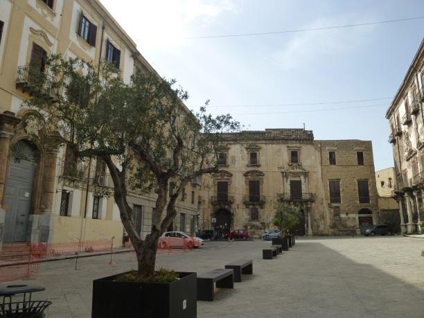 C:\Users\Gonzalo\Desktop\Documentos\Fotografías\Sicilia\102_PANA\P1020405.JPG