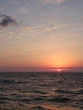 Photo: ようやく朝日。 7時回ってます。