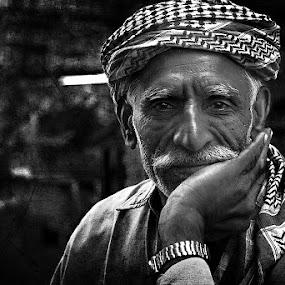 friendly face by Jan Michael Vincent Castillo - People Portraits of Men ( canon, texture, white, edgy, vincent, dodge, gray, portrait, photography, and, 450d, rought, dubai, michael, pokleng, castillo, dragan, jan, burn, diera, black )