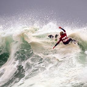 Wild ride by Gavin Falck - Sports & Fitness Surfing ( wild, wave, gavin falck, sport. surfing )