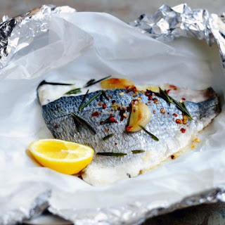 How To Cook Sea Bream With Garlic And Rosemary.