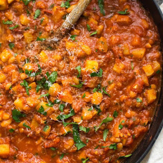 White Beans in Spicy Tomato Sauce.