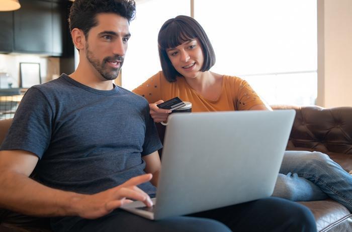 Implementa diversos medios de pago según las necesidades de tus clientes y tutores.