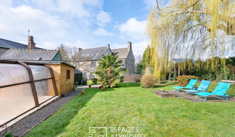 Maison avec piscine et terrasse Antrain