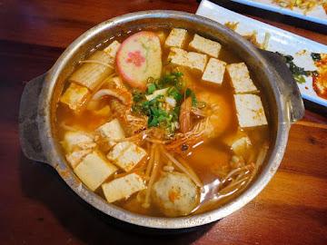 嚐鮮拌島韓式料理