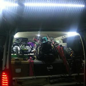 ハイエースバン TRH200V ハイエースDXのLEDのカスタム事例画像 アキラ34さんの2018年10月27日21:00の投稿
