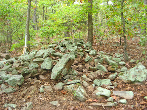 Photo: Cairn #4 viewed looking north west