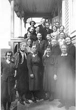 Photo: Ompeluseura Jyvälässä 1944