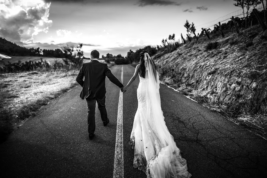 Wedding photographer Leonardo Scarriglia (leonardoscarrig). Photo of 03.01.2018