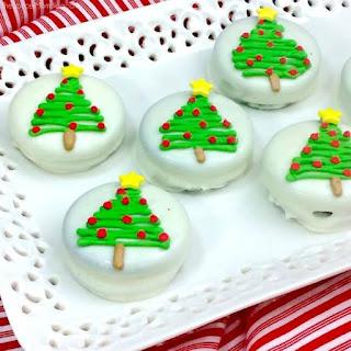 Chocolate Covered Christmas Tree Oreos Recipe