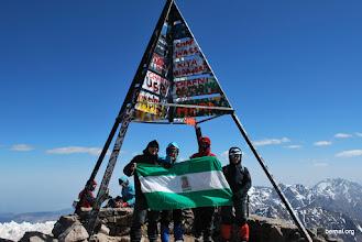 Photo: con nuestra bandera