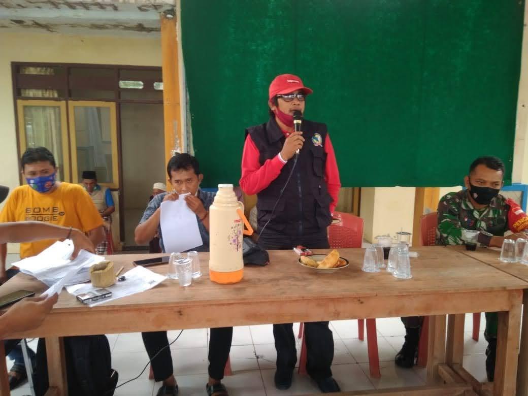 TKSK Sampang Bersama Babinsa, Sosialisasi Vaksin Covid – 19 Aman Dan Halal