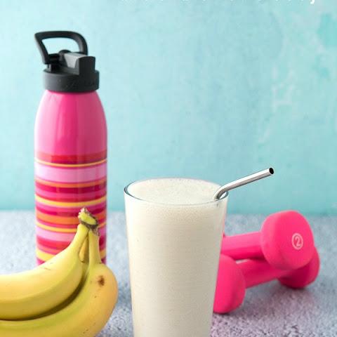 Banana, Honey, and Soy Milk Smoothie