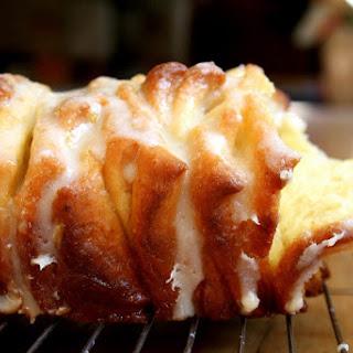 Lemon-scented Pull-apart Loaf