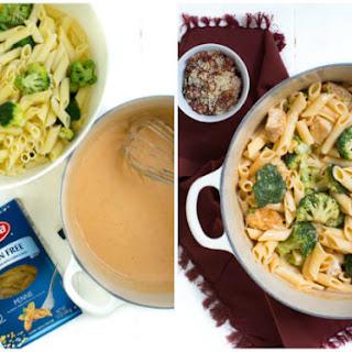 Sriracha Chicken and Broccoli Macaroni and Cheese