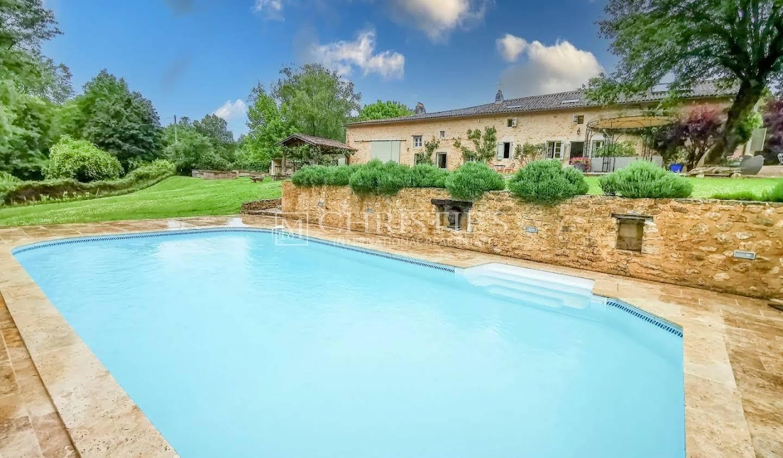 Maison avec terrasse Monsegur