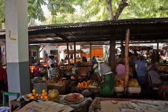 Photo: The market in Inhambane / Trh v Inhambane