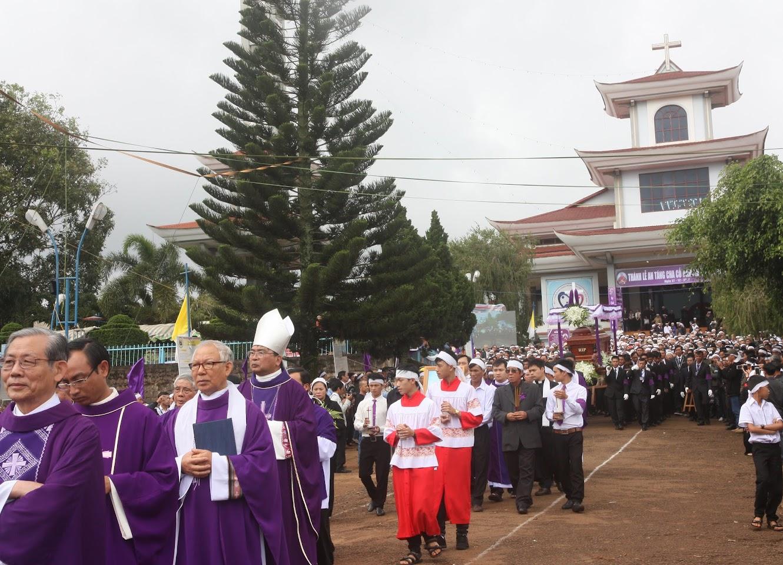 Thánh lễ an táng Cha Đaminh Vũ Đức Hậu - Giáo phận Ban Mê Thuột - Ảnh minh hoạ 12