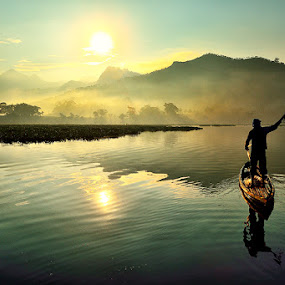 travel to the sun by Dody Herawan - Landscapes Waterscapes
