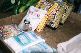 Photo: 03092 ウランバートル/風景/ダライ・エージ(海の母)/食料品専門の市場/麺類