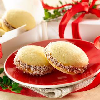 Alfajores – Dulce de Leche Cookies.
