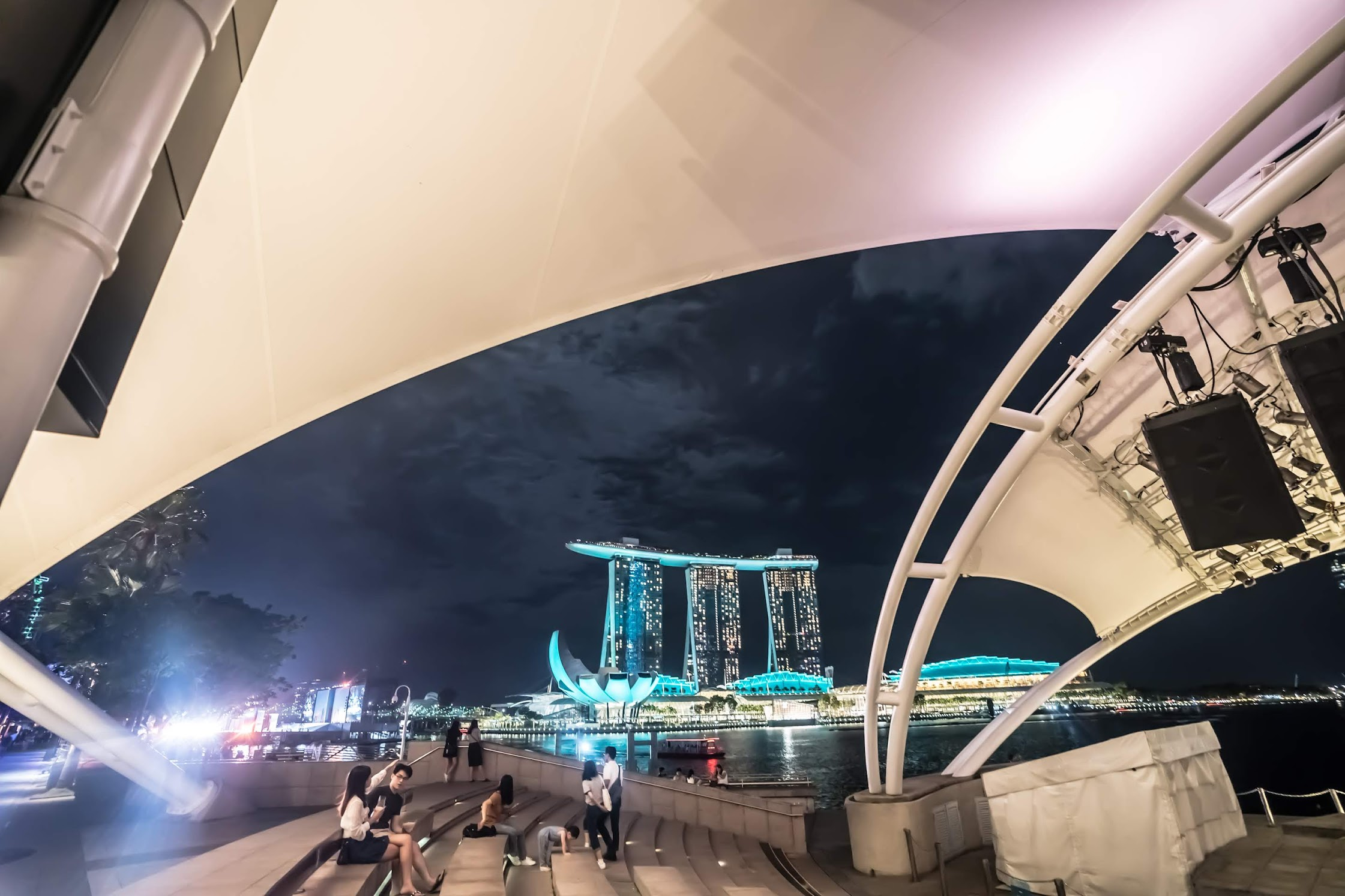 Singapore Esplanade evening2